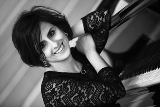 Layla Ramezan, pianiste